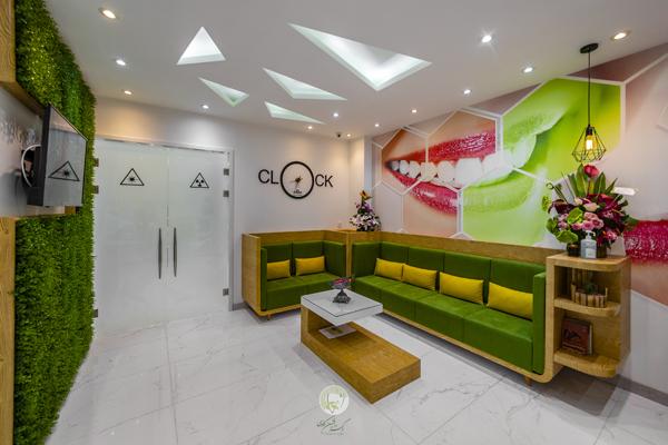 سالن انتظار- نگاهی به امکانات مطب جدید دکتر کاوسی